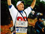 English: A Giants fan outside Raymond James Stadium before Super Bowl XXXV.