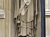 English: Statue of Thomas Becket, Archbishop of Canterbury, from the exterior of Canterbury Cathedral