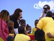English: Baker, La., October 27, 2006 - Entertainer Rosie O'Donnell appears at the grand opening of the Children's Plaza at FEMA's Renaissance Village trailer park. O'Donnell's charitable foundation was the leading force in establishin