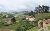 English: Ecuador, near Ingapirca: Andean landscape, seen from the Cañari-Incan ruin site. Français : Équateur, près d'Ingapirca: paysage des Andes, vue prise à partir du site archéologique des Cañaris-Incas.