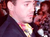 English: Robert Downey, Jr., taken at the AIR AMERICA movie premiere 1990