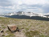 English: A photograph taken of a tundra landscape high in the Rocky Mountains National Park. Français : Paysage de toundra d'altitude dans le parc national des Montagnes Rocheuses. Nederlands: Een toendralandschap in de bergen van het Rocky Mountain Natio