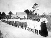 English: Mary McLeod Bethune with girls from the Literary and Industrial Training School for Negro Girls in Daytona, circa 1905. Source: Photographs of Mary McLeod Bethune, her school, and family from the Florida State Archives Photographic Collection. Re