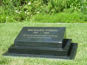 English: The final resting place of Richard Milhous Nixon, the 37th President of the United States at the Richard Nixon Presidential Library and Museum in Yorba Linda, California. Nederlands: De laatste rustplaats van Richard Milhous Nixon, de 37ste Presi