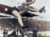 La canadienne Ehtel Catherwood en 1928 aux Jeux Olympiques d'été de d'Armsterdam.