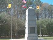 The picture was taken by Cculber007 at New Echota Historic Site The monument on New Echota Historic Site honored the Cherokees who died on the Trail of Tears. (Zdjęcie wykonane w Miejscu Historycznym New Echota, Georgia, USA, ukazuje pomnik poświęcony ofi