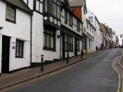 English: Station Street One of the many lanes that lead south of the High Street and were laid out during the Anglo-Saxon period. Prior to the arrival of the railway this was St Mary's Lane of which the small cottage on the left is still called. Today thi