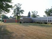 English: Summerfield Elementary and Middle School, 232 E. Elm Street, Petersburg, Michigan