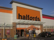 English: Halfords at the Ocean Park retail park in Portsmouth.