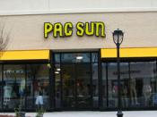 English: Exterior view of a typical Pac Sun store.