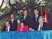 Carlos Salinas (left), George H.W. Bush and Brian Mulroney during the NAFTA Initialing Ceremony in Austin, Texas