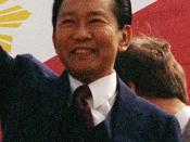 English: Cropped picture of President Marcos in Washington (1983) from a Defense Department photo.