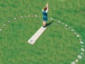 Nederlands: Analemmatische zonnewijzer, door mij ontworpen, eigen foto. Deze zonnewijzer bevindt zich in de tuin van het Stedelijk Museum aan de Guido Gezellestraat in Hasselt (België).