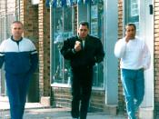 English: An FBI surveillance photo of suspected mobsters Thomas (Tommy Sneakers) Cacciopoli, John (Junior) Gotti and John Cavallo.