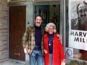 English: Harvey Milk with his sister-in-law in front of Castro Camera in 1973 Русский: Харви Милк с супругой своего брата у входа в магазин Castro Camera, 1973